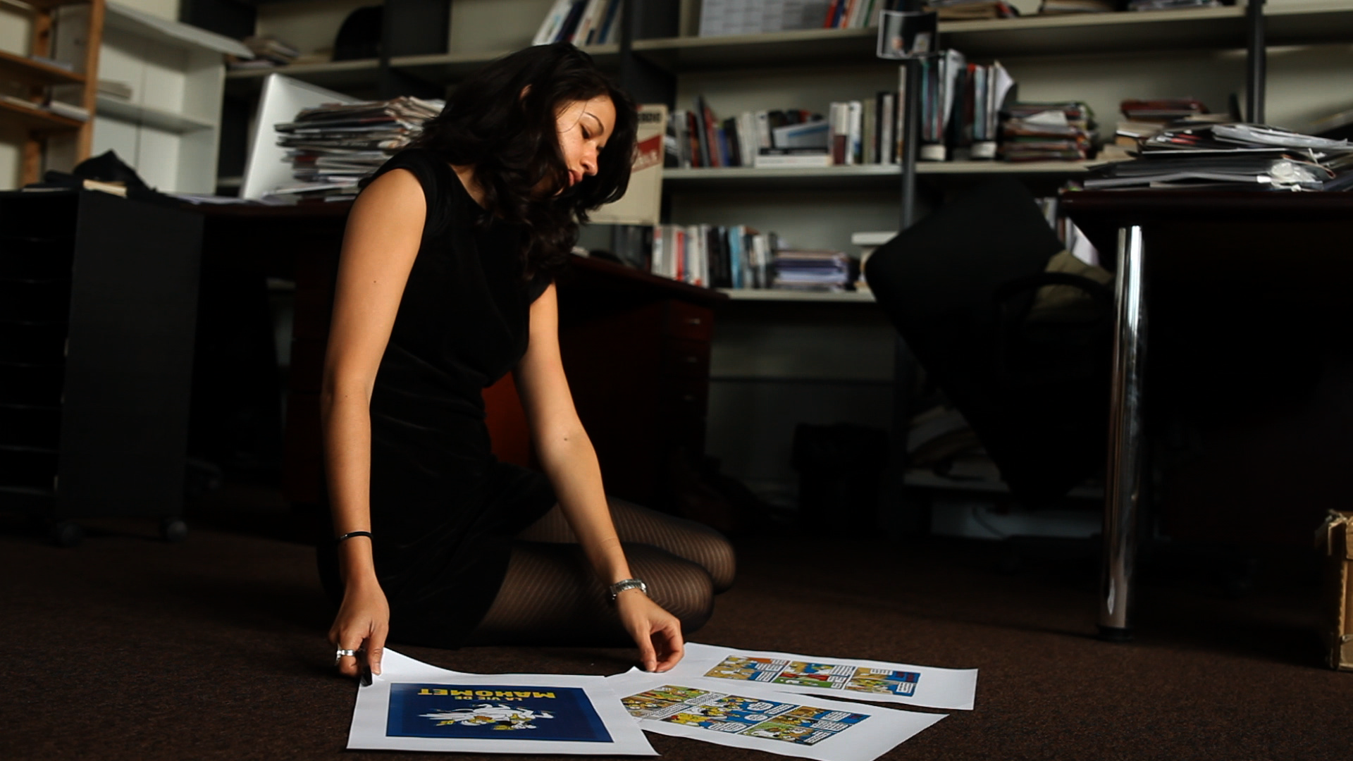 Zineb El Rhazoui working in the Charlie Hebdo Offices. Photo: Savage Film. Photo.