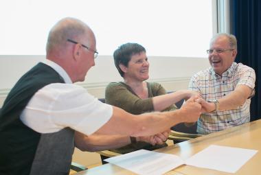 Rune Backlund - Executive Member of Regional Committee Ola Lundmark - Executive Chief of Regional Development. Photo.