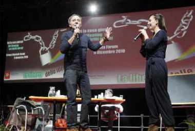 The moderators: Paola Maugeri and Roberto Vecchioni