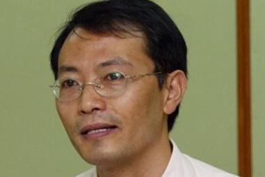 Jiao Guobiao. Photo.