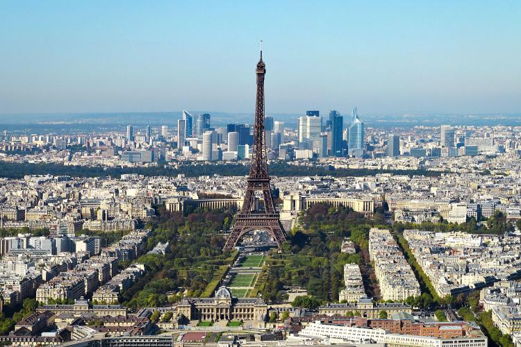 Paris, Wikipedia