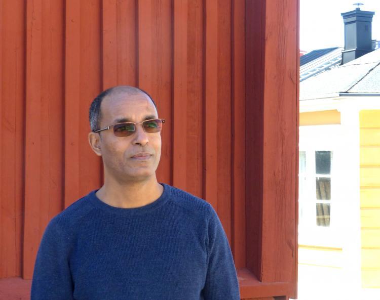 Eritrean journalist and author, Tesfagiorgis Habte Kelati, in Luleå City of Refuge. Photo.