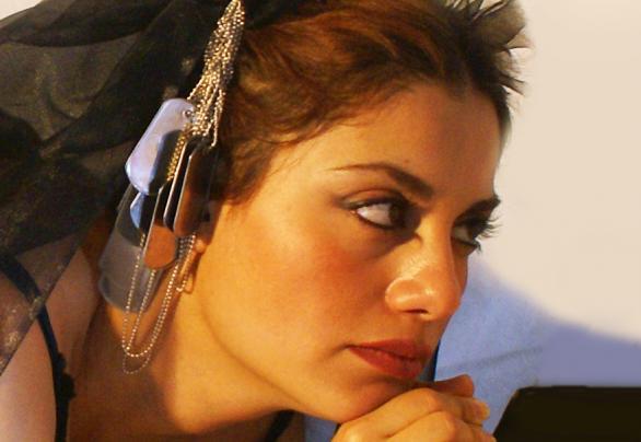 Elahe Rahroniya. Photo.
